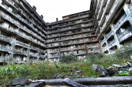 batiment abandonné sur ile hashima