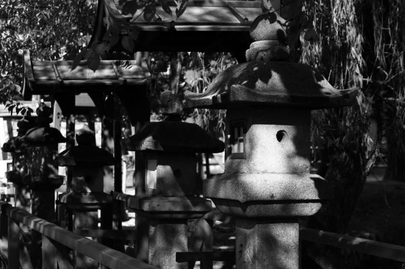 lanternes en pierre japonaise